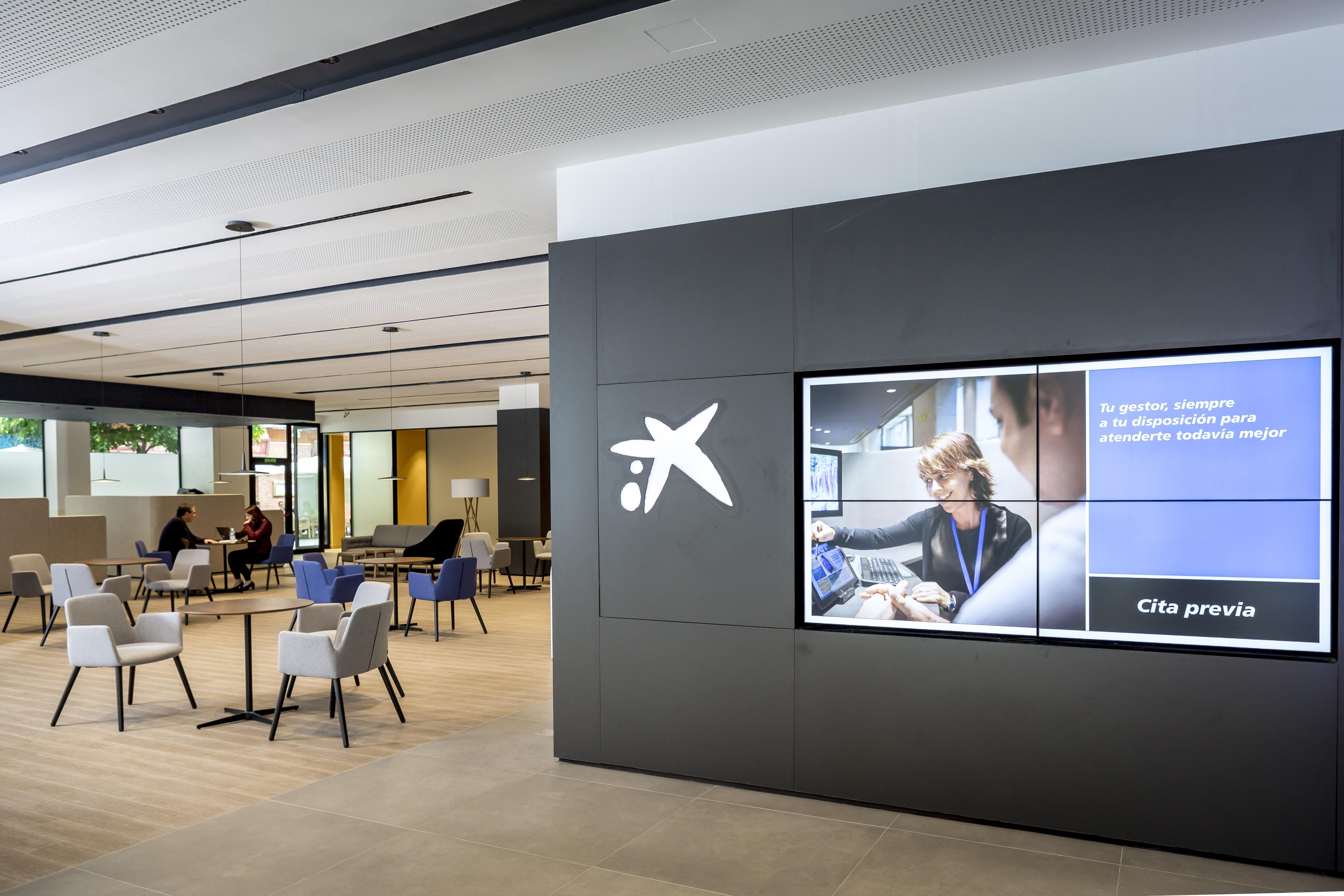 Caixabank ha abierto en las palmas de gran canaria un for Oficines caixabank