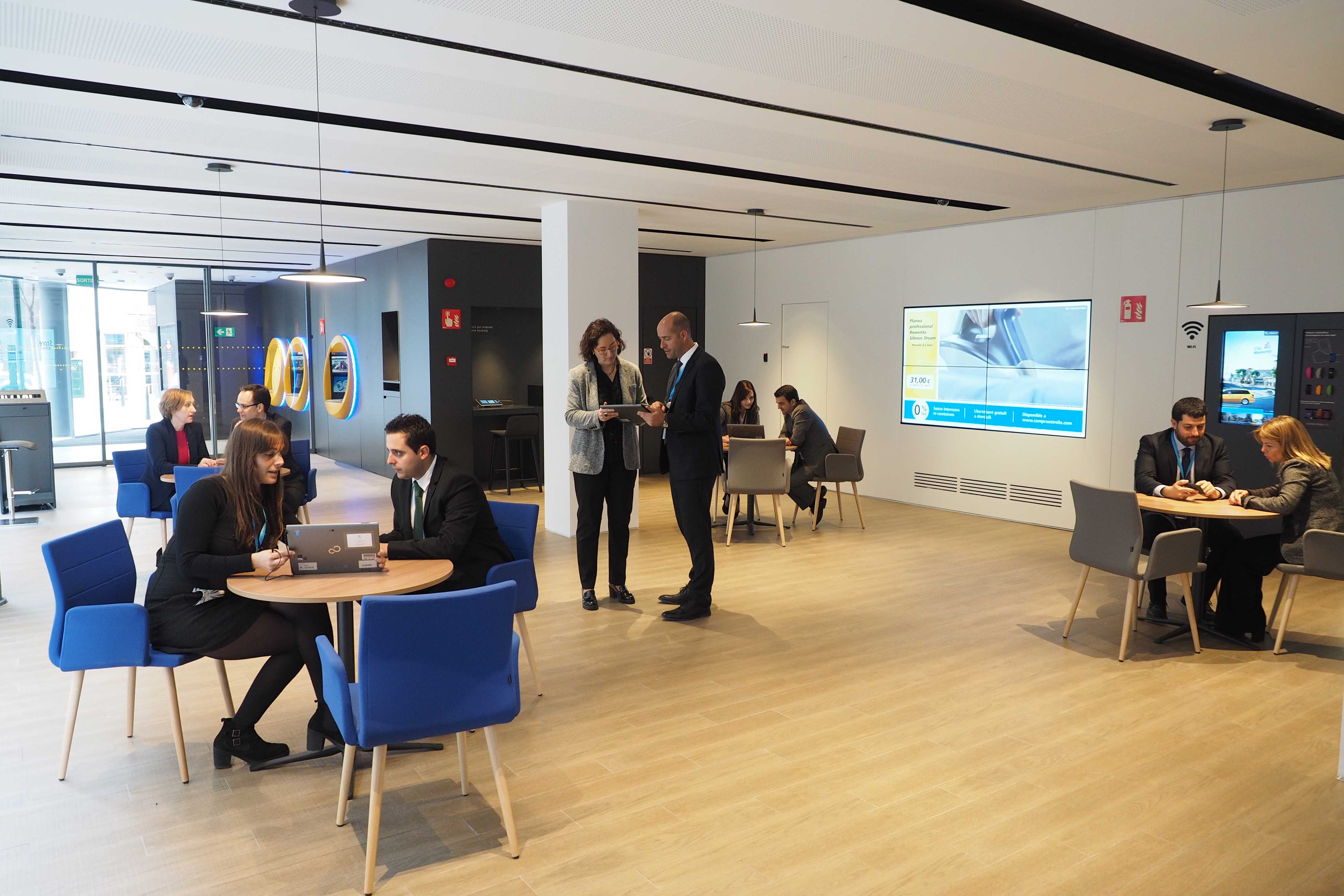 Caixabank abre en la ciudad de blanes una oficina del for La caixa oficinas zaragoza
