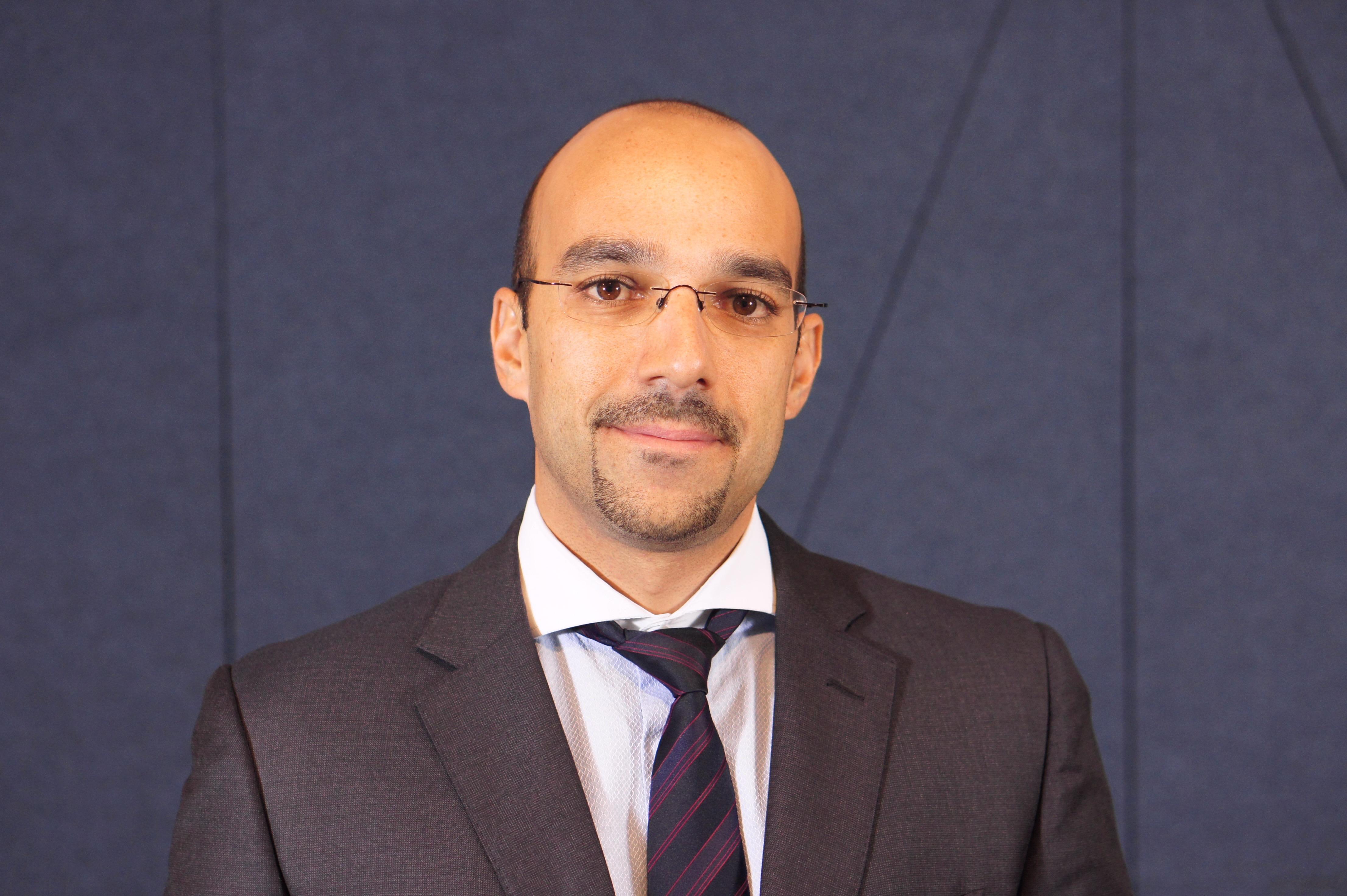 Omar Afailal, director de la oficina de representación de CaixaBank en Egipto